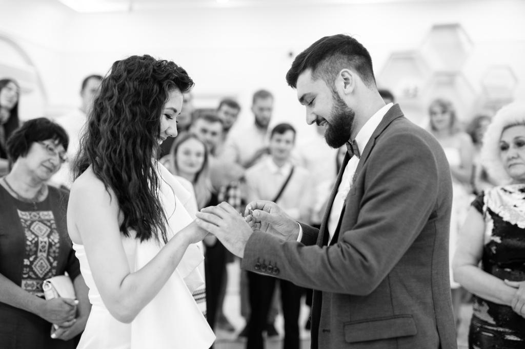Свадьба, молодожены